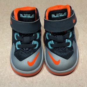 Nike Hightop Baby Shoes